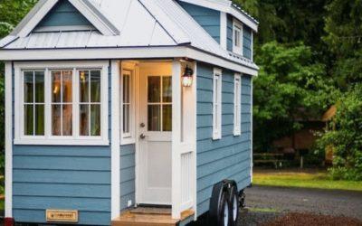 Charming Tiny House on Wheels / 35 Ideas