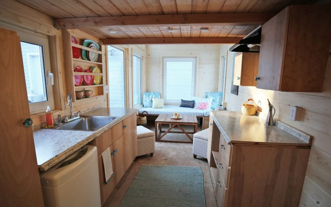 The Wild Rose – Amazing 24′ Tiny House on Wheels Tour