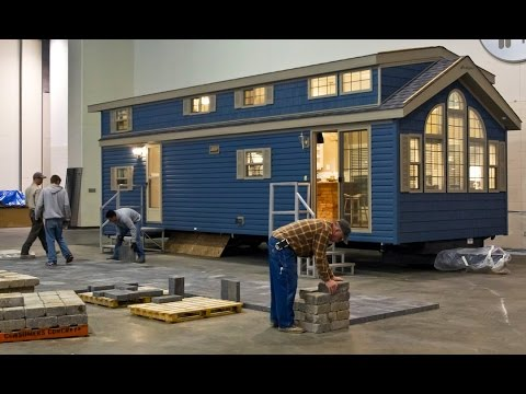 """Kropf Island Series"", This Tiny House on Wheels Measures Just Under 400 Sq Ft."