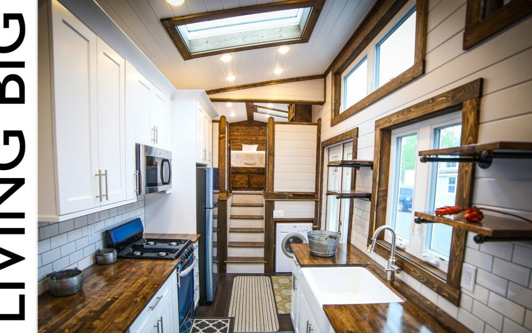 This 40ft Tiny House Is a Mansion on Wheels