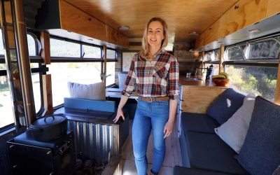 TINY HOME TOUR – Off Grid Bus Conversion in New Zealand